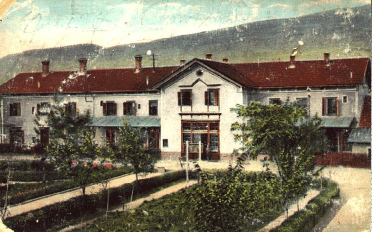 The_old_railway_station_of_Skopje_postcard