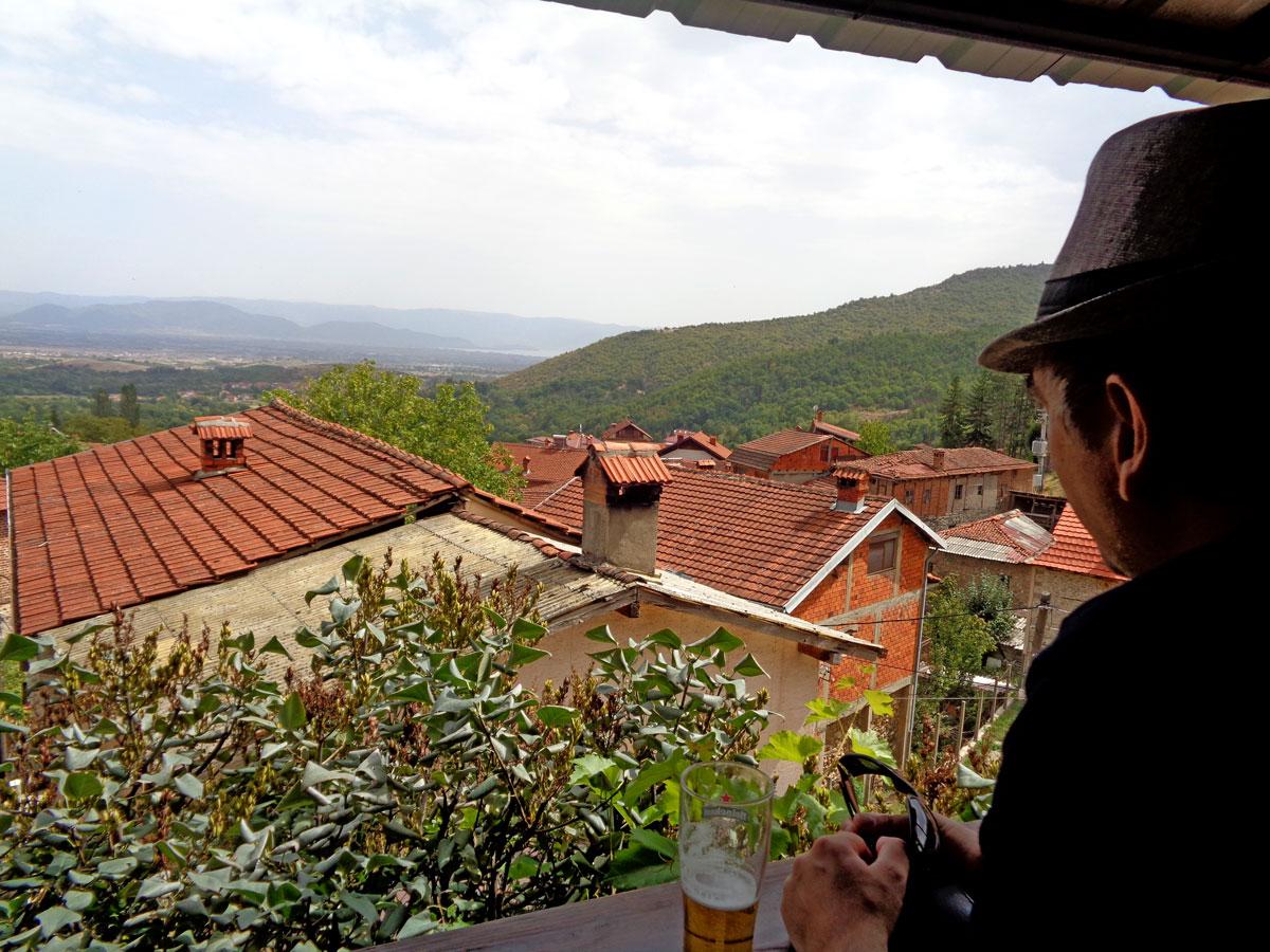 Поглед од Вевчани кон Охридското езето