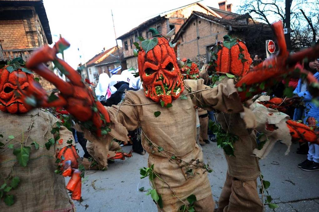Вевчанскиот карневал - фото Роберт Атанасовски (превземено преку mkd.mk)